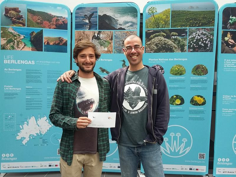 Congratulations to António Pádua, who just received 400 Euros from us, so he may travel to Costa Rica and study sea-turtles! :)