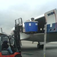 April 2007 April 2007 - Loading Mola mola tanks on DC4 at JFK.