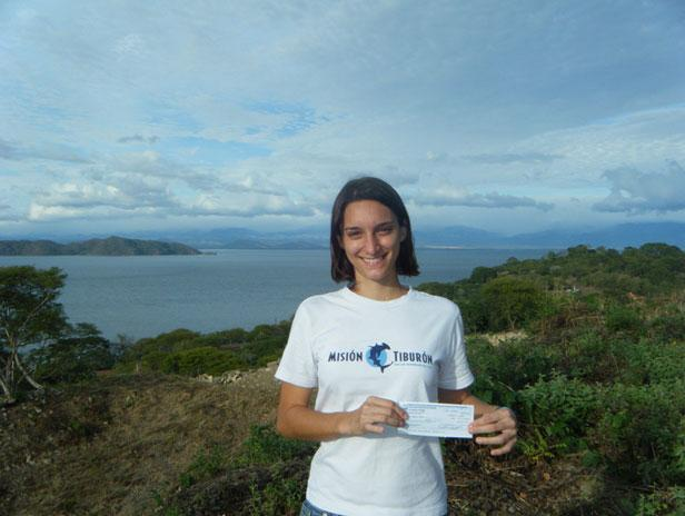 Congratulations to Ilena Zanella, a young marine biologist focusing her studies on shark conservation in Costa Rica, while working with the non-profit organization Misión Tiburón. Ilena and this group are starting a very interesting project on the conservation and spatial dynamic of blacktip and whitetip reef shark populations in Coco's Island National Park and we were delighted to contribute with 1.000 euros for that study.