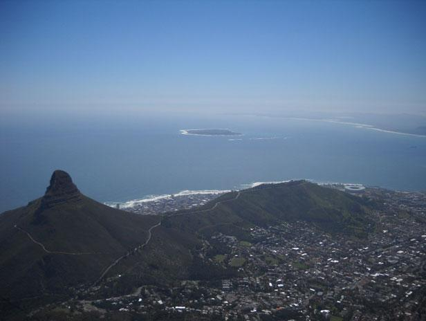 While in Cape Town, the team took the opportunity to take the cable car up to Table Mountain, one of the